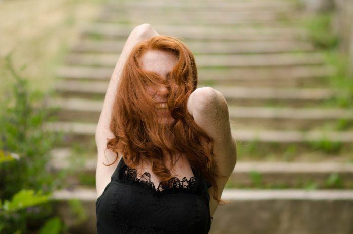 Jak trafnie dobrać kolor włosów do typu urody