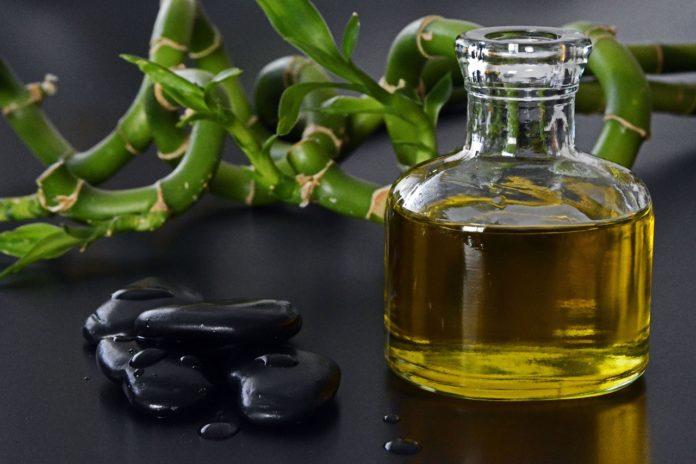 Jak wykorzystać olejek rycynowy