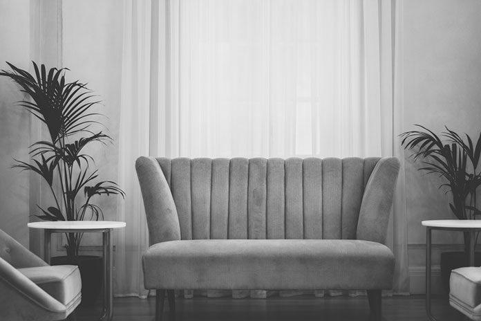Czy zakup nierozkładanych mebli wypoczynkowych ma sens?