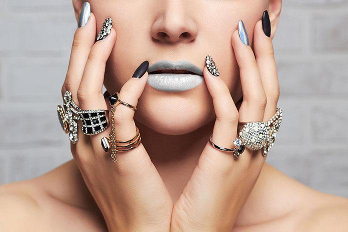 Jaka biżuteria będzie modna w 2020 roku
